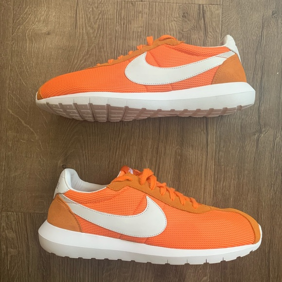 """Nike Roshe LD 1000 """"Conquer Cancer</p>                     </div>   <!--bof Product URL --> <!--eof Product URL --> <!--bof Quantity Discounts table --> <!--eof Quantity Discounts table --> </div>                        </dd> <dt class="""